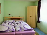 ložnice (Prodej domu v osobním vlastnictví 114 m², Vranovice)