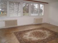 Obývák - Pronájem bytu 3+1 v družstevním vlastnictví 82 m², Praha 4 - Michle