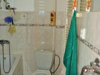 koupelna - Prodej domu v osobním vlastnictví 214 m², Zdice