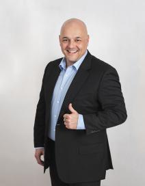 Tomáš Hronek