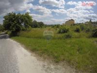 Prodej pozemku 1431 m², Zabrušany