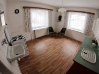 kuchyně (Prodej domu v osobním vlastnictví 170 m², Kovářská)