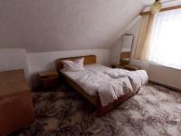 pokoj 5 (Prodej domu v osobním vlastnictví 170 m², Kovářská)