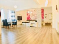 Prodej domu v osobním vlastnictví 440 m², Lom
