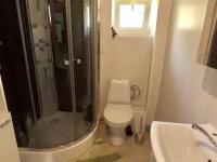 koupelna (Prodej domu v osobním vlastnictví 65 m², Dubí)