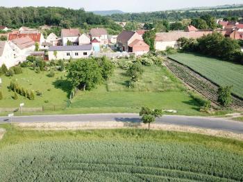 Prodej pozemku 1985 m², Lipno