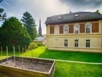 Prodej domu v osobním vlastnictví 750 m², Teplice