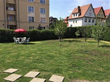 Zahrada - Prodej domu v osobním vlastnictví 270 m², Teplice