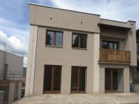 Pronájem domu v osobním vlastnictví 244 m², Teplice