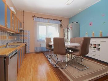 Prodej domu v osobním vlastnictví 200 m², Teplice