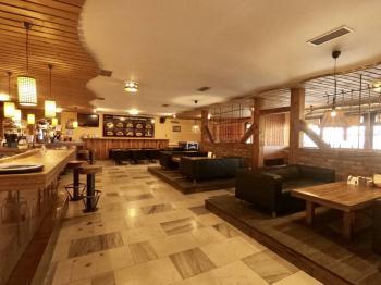 Pronájem komerčního prostoru (obchodní) v osobním vlastnictví, 1300 m2, Teplice