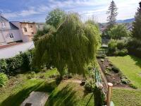 zahrada - Prodej domu v osobním vlastnictví 80 m², Bystřany