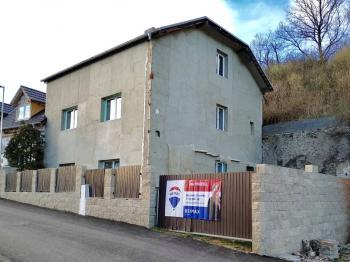 Prodej domu v osobním vlastnictví, 200 m2, Bžany
