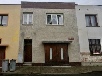 Prodej domu v osobním vlastnictví, 100 m2, Bílina
