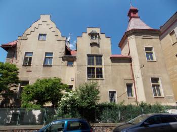 Prodej nájemního domu, 900 m2, Teplice