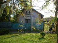 Prodej domu v osobním vlastnictví 150 m², Městec Králové