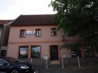 Prodej domu v osobním vlastnictví 270 m², Kladno