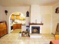 obývací pokoj (Prodej domu v osobním vlastnictví 120 m², Kamenice)