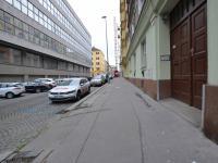 dům (Prodej bytu 2+1 v osobním vlastnictví 52 m², Praha 7 - Holešovice)