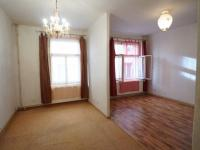 pokoj (Prodej bytu 1+kk v osobním vlastnictví 43 m², Praha 4 - Podolí)