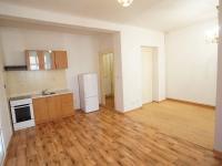 pokoj s kk (Prodej bytu 1+kk v osobním vlastnictví 43 m², Praha 4 - Podolí)