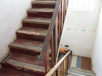 schodiště v domě (Prodej domu v osobním vlastnictví 213 m², Roztoky)