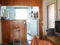 horní bytová jednotka - kuchyňský kout (Prodej domu v osobním vlastnictví 213 m², Roztoky)