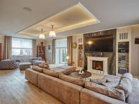 Prodej domu v osobním vlastnictví 645 m², Praha 6 - Dejvice