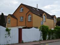 Prodej domu v osobním vlastnictví 330 m², Praha 10 - Dolní Měcholupy