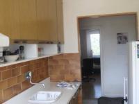 kuchyně (Prodej bytu 3+1 v osobním vlastnictví 77 m², Praha 4 - Krč)