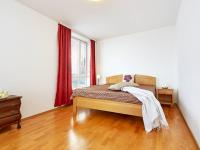 ložnice (Prodej bytu 2+kk v osobním vlastnictví 74 m², Praha 2 - Vinohrady)