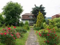 Prodej domu v osobním vlastnictví 270 m², Roztoky