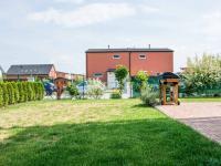 zahrada jih (Prodej domu v osobním vlastnictví 80 m², Nehvizdy)