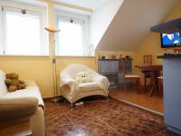 podkroví - obytná kuchyň  (Prodej domu v osobním vlastnictví 218 m², Praha 6 - Břevnov)