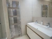 koupelna - Pronájem bytu 2+1 v osobním vlastnictví 69 m², Praha 1 - Josefov