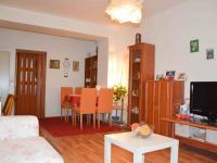 obývací pokoj - Prodej bytu 2+1 v osobním vlastnictví 54 m², Praha 9 - Hloubětín