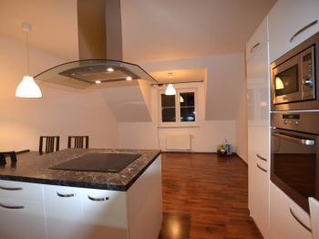 Prodej bytu 3+kk v osobním vlastnictví 88 m², Holubice