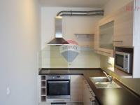 kuchyňský kout (Pronájem bytu 1+kk v osobním vlastnictví 32 m², Praha 10 - Horní Měcholupy)