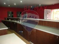 posledním provozem byl bar/herna - Prodej komerčního objektu 223 m², Roztoky