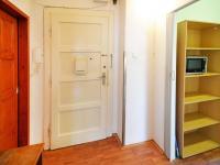 Předsíň - Prodej bytu 2+1 v osobním vlastnictví 68 m², Praha 7 - Holešovice