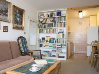 Prodej bytu 2+kk v osobním vlastnictví 43 m², Praha 10 - Petrovice
