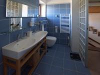 koupelna patro - Prodej domu v osobním vlastnictví 330 m², Měšice