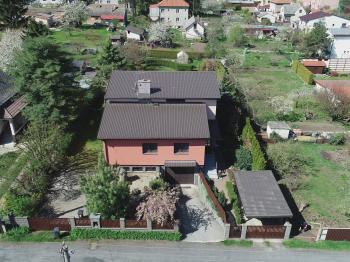 celkový pohled - Prodej domu v osobním vlastnictví 330 m², Měšice