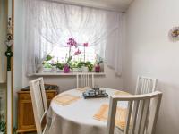 jídelní kout - Prodej bytu 3+1 v družstevním vlastnictví 76 m², Mníšek pod Brdy