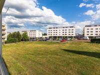 výhled z lodžie - Prodej bytu 3+1 v družstevním vlastnictví 76 m², Mníšek pod Brdy