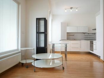 Pronájem bytu 3+1 v osobním vlastnictví 75 m², Praha 5 - Hlubočepy