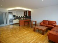 obývací pokoj - Prodej bytu 4+kk v osobním vlastnictví 99 m², Praha 5 - Stodůlky