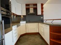 kuchyňský kout - Prodej bytu 4+kk v osobním vlastnictví 99 m², Praha 5 - Stodůlky