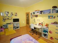 ložnice 3 - 1.NP - Prodej domu v osobním vlastnictví 220 m², Praha 10 - Kolovraty