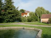 okolí domu - Prodej domu v osobním vlastnictví 220 m², Praha 10 - Kolovraty